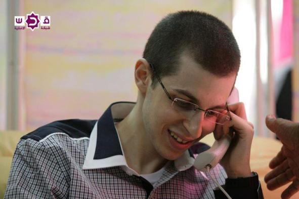 Gilad Shilat First concersation with his parents after being release in an historic Deal October 18, 2011